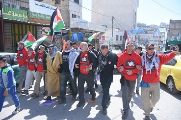 In Hebron just before the tear gas was fired at us. (Ellen Davidson photo)